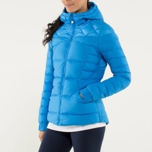 Lululemon Fluffin' Awesome Jacket in blue size 6